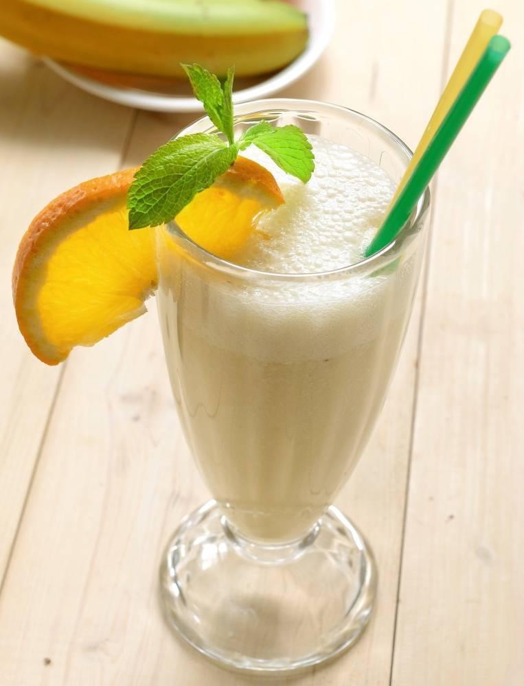 Банановый смузи с бананом - 34 рецепта - 1000.menu