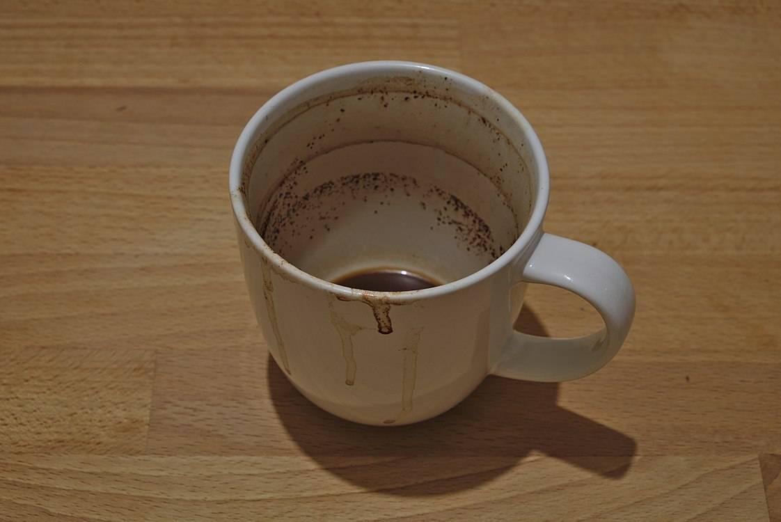 Как легко очистить термос от налёта чая и кофе
