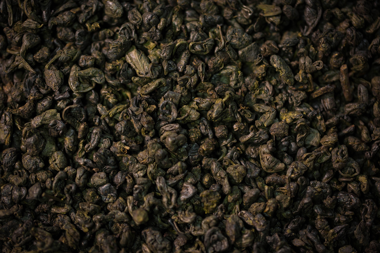 Чай порох (чжу-ча или ганпаудер): заваривание, польза и вред, отзывы