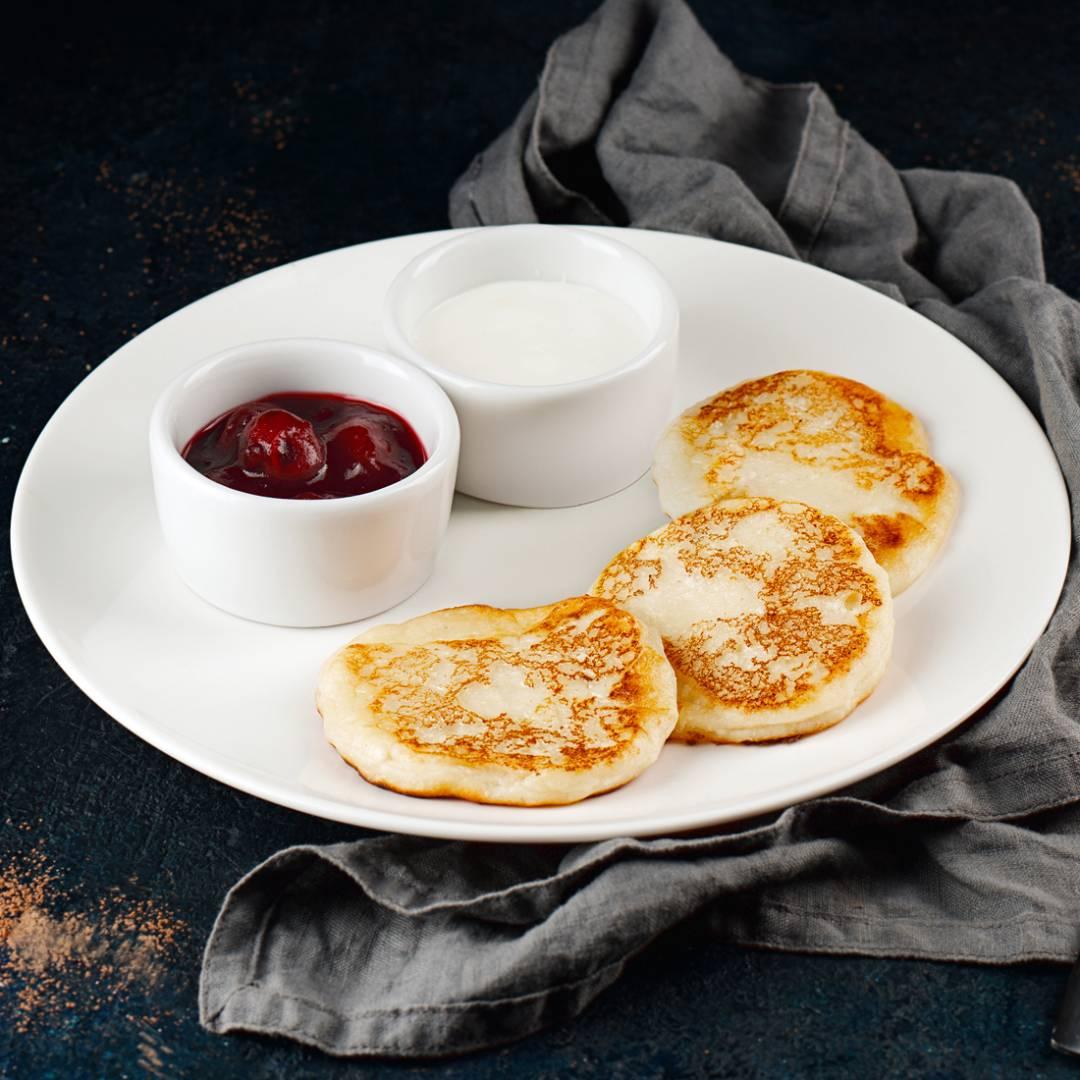Сметанное желе в домашних условиях. как приготовить желе из сметаны: пропорции. рецепты десертов с клубникой, с вишней, с какао, с кофе, с творогом и фруктовое желе