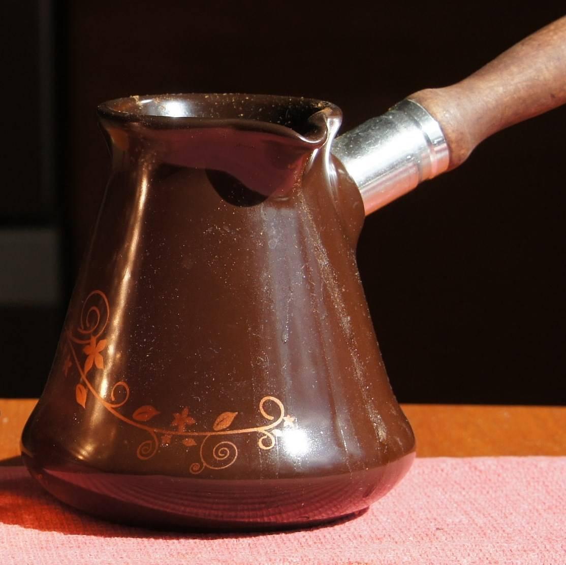 Какая турка для кофе лучше – обзор по материалам и другим критериям выбора