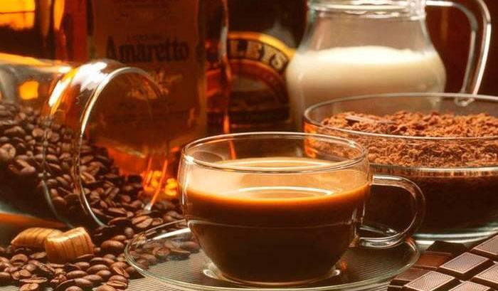 Как приготовить кофе амаретто?