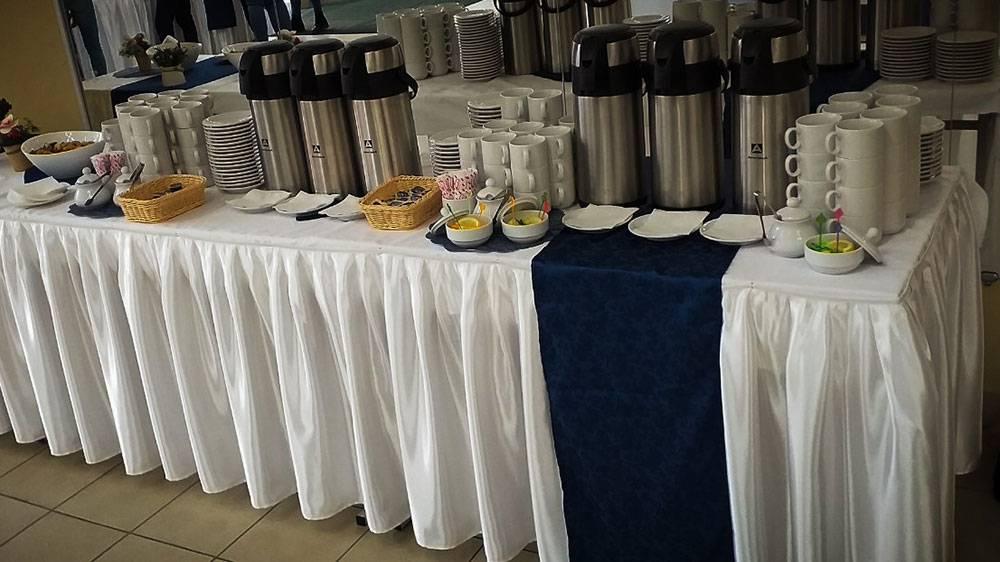 Что такое кофе-брейк, как пишется, варианты меню, стоимость