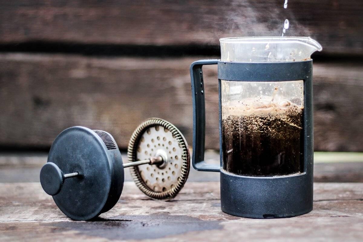 Что такое френч-пресс, как им пользоваться и заваривать чай и кофе