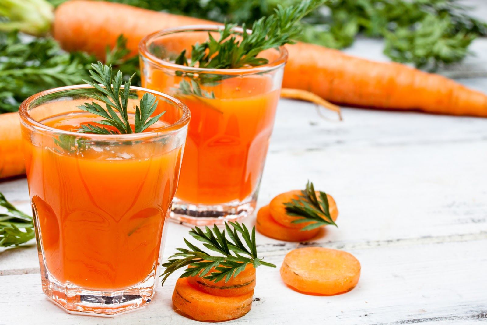 Морковь: польза, её свойства и вред, а также противопоказания для здоровья человека, поможет ли организму от изжоги и при лечении рака, и как применять для лица? русский фермер
