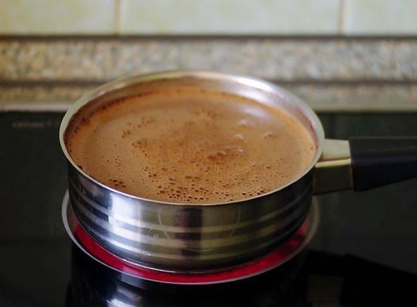 Два способа приготовления кофе в ковшике