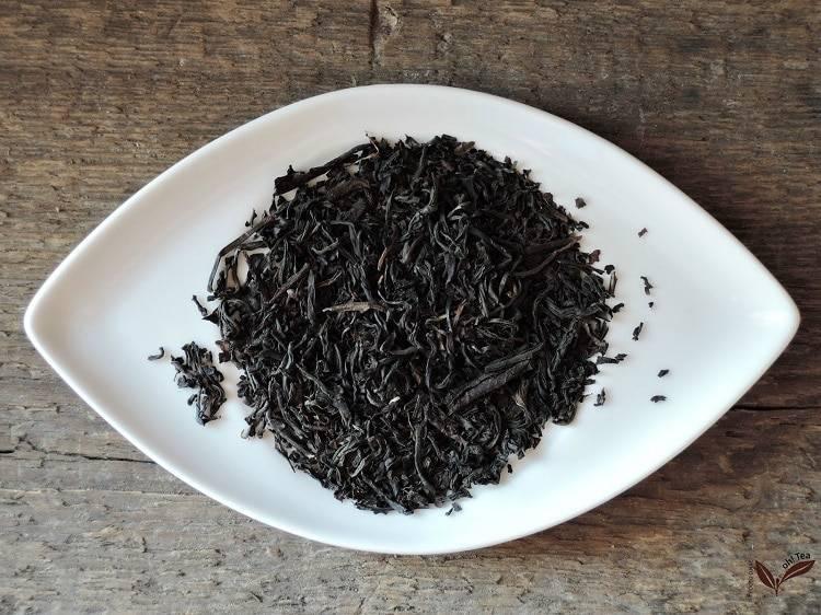 Какой чай лучше пить: черный или зеленый? подробный обзор сортов и их особенностей