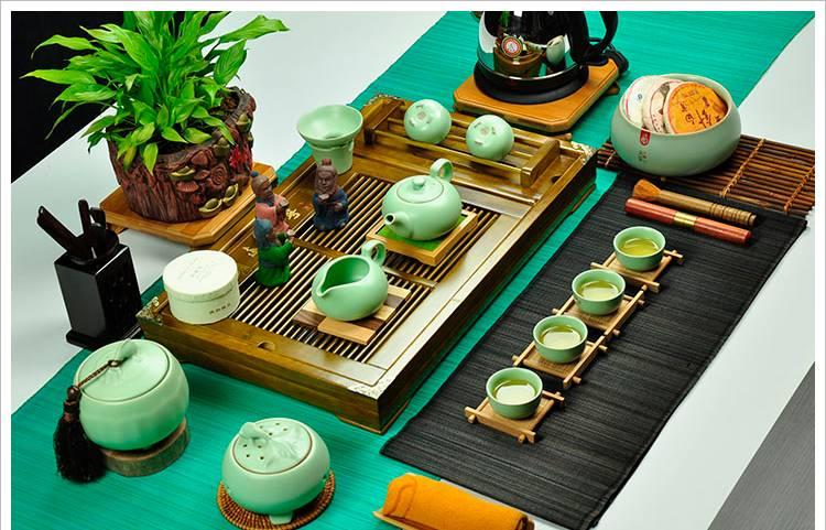 Тонкости выбора чайного набора