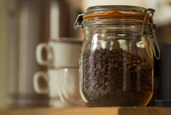 Как хранить кофе в домашних условиях: молотый, растворимый, в зернах