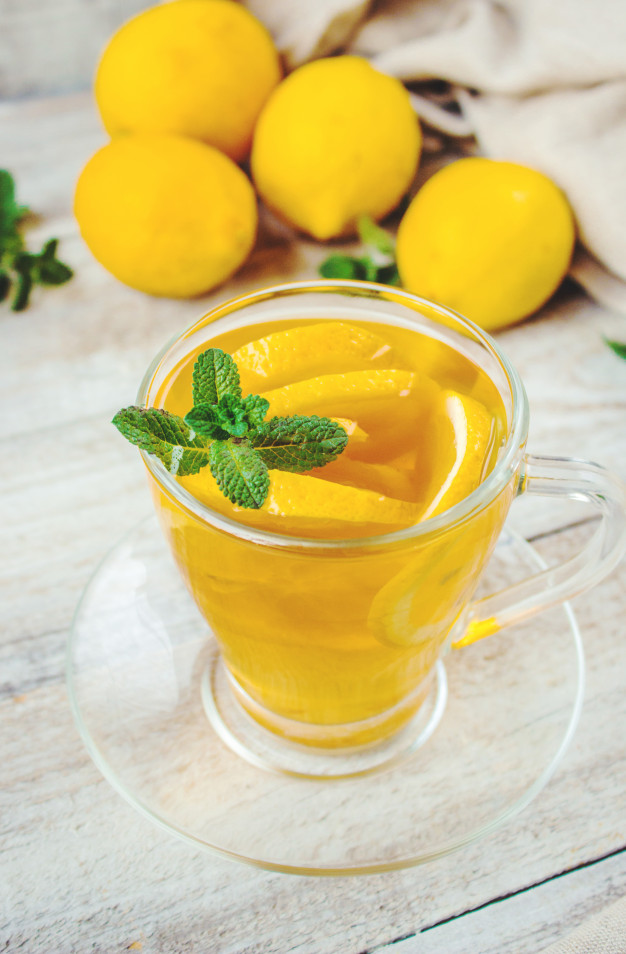 Чай с лимоном: его польза и свойства для здоровья