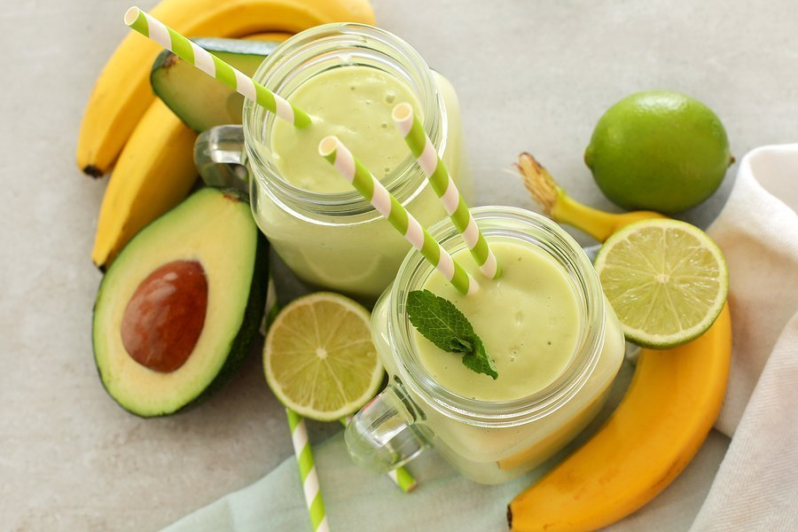 Смузи из киви – рецепты яркого фруктового десерта