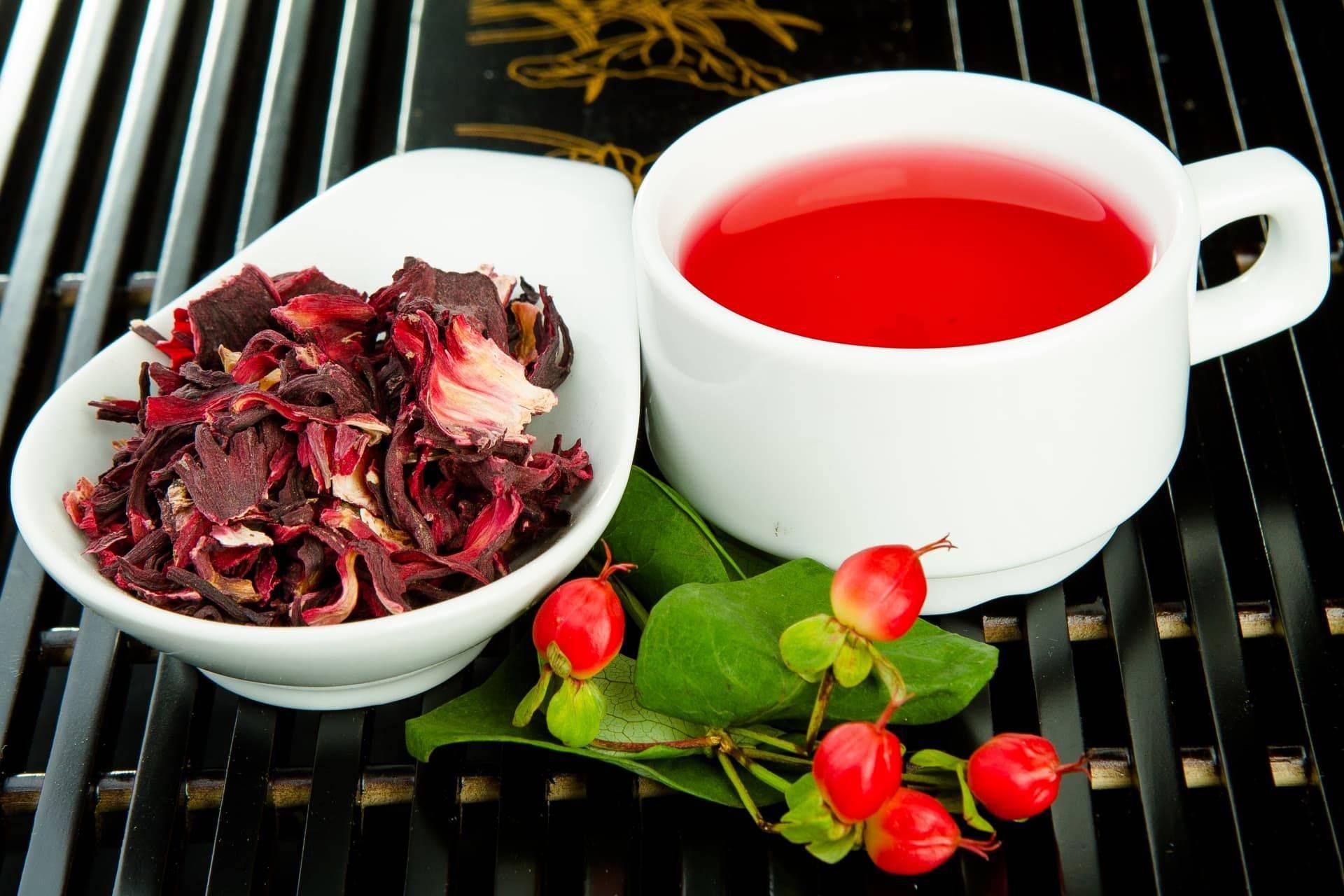 Повышает или понижает давление тот или иной вид чая - рассматриваем действие травяных, чёрных, красных и других видов напитка