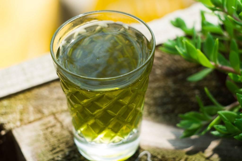 Натуральное лекарство — настои из семян укропа. от чего помогают, как правильно заваривать и пить?